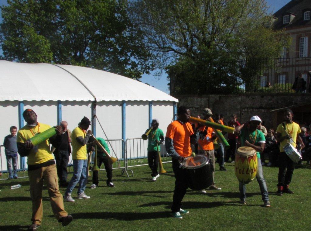 La Bande à Pied Follow Jah au Square de l'évêché.