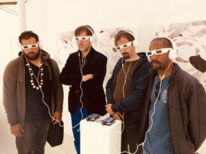 Makaya, Perraud, Payen et Jackson à l'Urdla (Villeurbane), écoutant du Rob Mazureck et devant ses gravures ! © A. Pierrepont