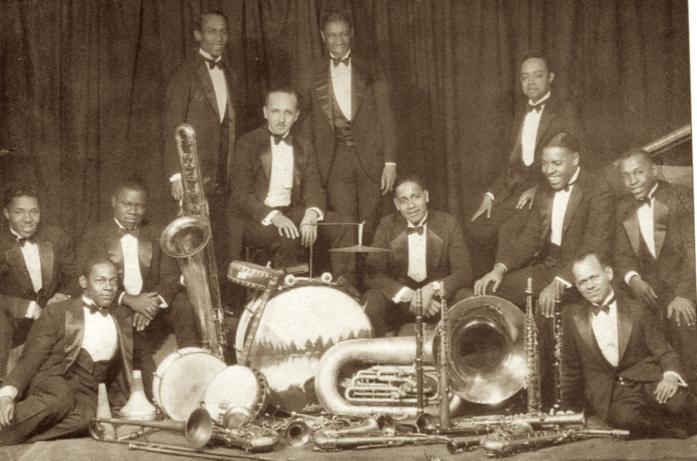 célébrations du SWING Fletcher-Henderson-Orchestra-fin-1924-697x461
