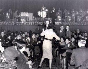 Et l'on dansa dans les allées du Paramount!